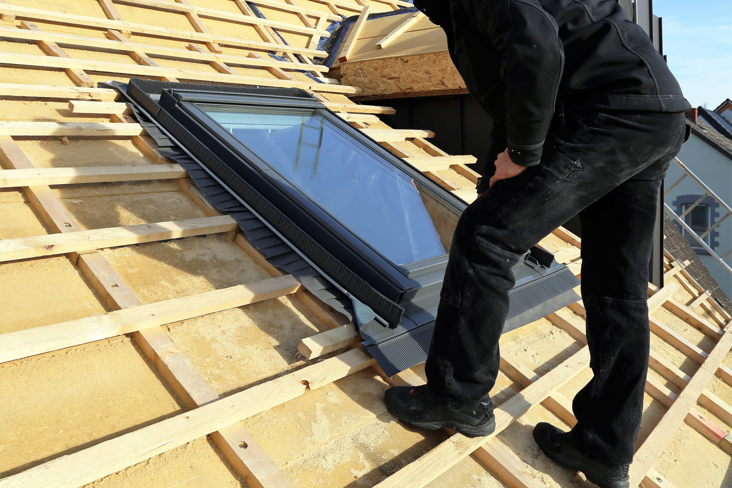 Thermal Conductivity of Insulating Glass Windows and Skylights