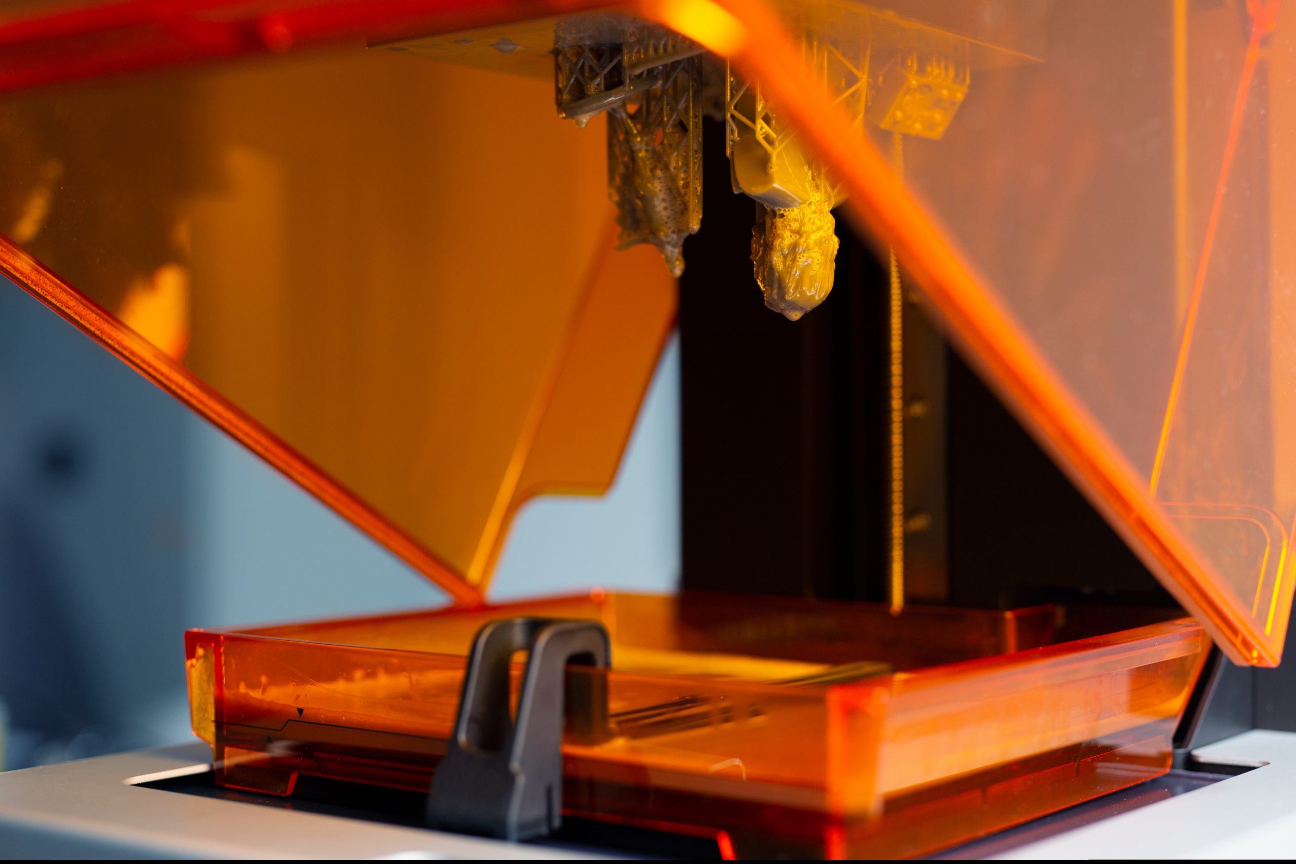 How Photo-DSC Advances Test Protocols of Liquid Samples for Additive Manufacturing